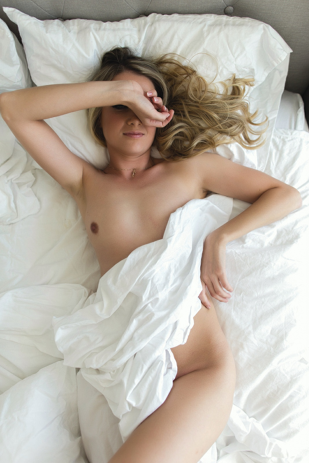 Image URL: http://wlp.whiteliesphotography.com/wlp/wp-content/uploads/2016/11/toronto-boudoir-by-white-lies-photography-6600.jpg  Click to view this fusker